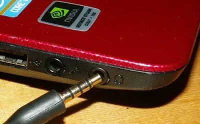 Замена аудио-разъема на ноутбуке.