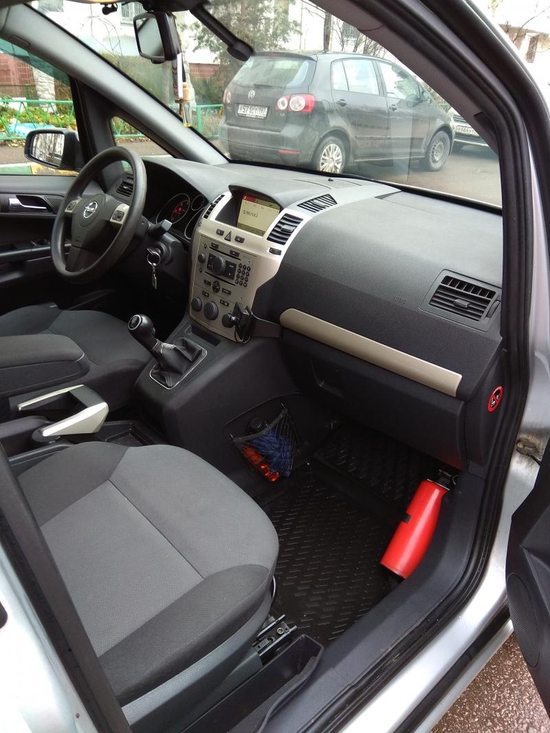 Opel Zafira  рестайлинг 2008г.в.