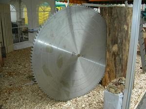 Производим дисковые пилы без напаек с диаметром от 160 до 1500 мм