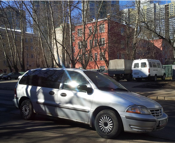 Ford Windstar, 2000