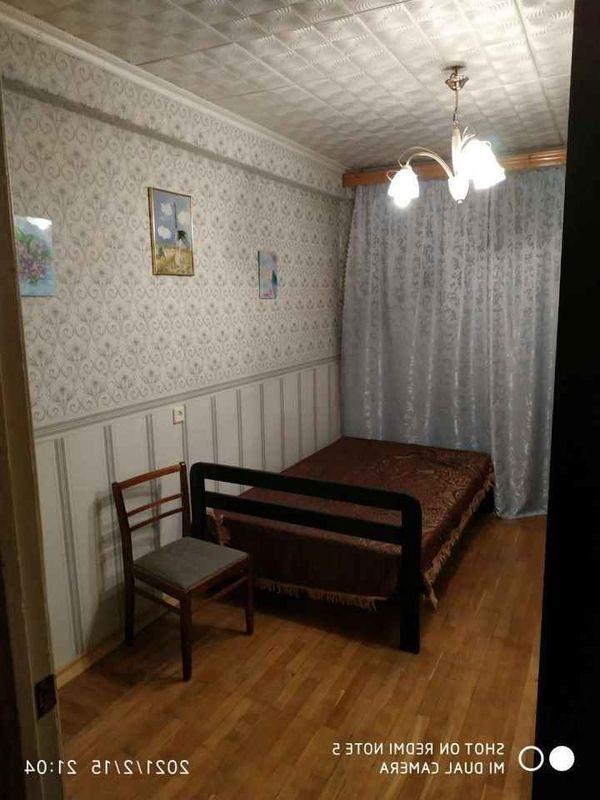 Комната в аренду одному мужчине  славянской внешности.
